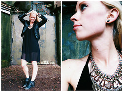 Signe Savant - Sammy Dress Hi Low, Charlotte Russe Studded Booties, Urban Outfitters Studded Necklace - You can't believe everything you read on the internet...