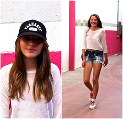 Judith Mateo - Carhartt Cap, Zara Top, Brandy Meville Shorts, H&M Socks, Nike Sneakers - Pink it's an attitude