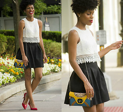 Nailah Ali - H&M Skirt With Textured Pattern - Crop Top Style | Laced Flare