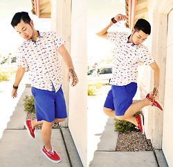 Shawn C. - Old Navy Bright Blue Shorts, Sperry Boat Shoes - Red, White & Blue (visit my blog)