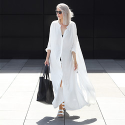 Joyce Croonen - Rodebjer Dress, &Otherstories Bag, Birkenstock Sandals - Long white dress