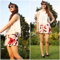 Maria Station - Blackfive Chiffon Top, Blackfive High Rise Shorts - Evening sun