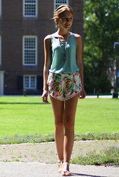 The Fashion Moodboard - Ebay Feather Pompom Shorts - Bohemian picnic