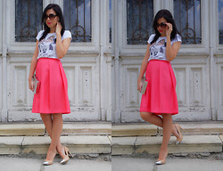 Fashion Lost -  - Minnie Meets Midi