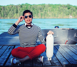 ALLEN M - More Photos And Outfit Details On My Blog, Uniqlo Sweater, Topman Boat Shoes - NAUTICAL // IG: @iamALLENation