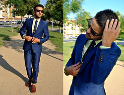 Marc Galobardes - Zara Suite, H&M Shoes, Topman Sunglasses - BLUE AND YELLOW