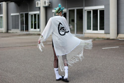 †Norelle Rheingold† - Keroldapparel Alessa Eye Logo Kimono Ivory - Fear of death is even worse than the death itself.
