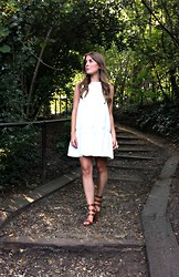 Angharad Jones - H&M Dress, Zara Heels, Lola Rose Ring - Drop waist