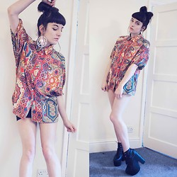 Amy Souter - Primark All Seeing Eye Earing, Thrifted Diy Patterned Shirt, Boo Hoo Platform Wedge Boots, T K Max Black Shorts - All Seeing Eye