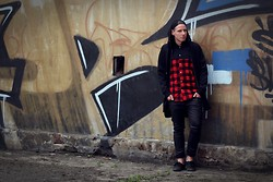 Marcin M -  - Red flannel shirt
