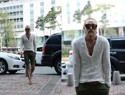 INWON LEE - Byther Casual T Shirt, Gentle Monster Sunglass, Byther Skull Necklace, Zara Shoes, Zara Blet - ByTheR-Feeling White