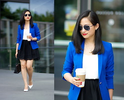 Zijun Zhou - Zara Blue Blazer - Color-blocking For Office Attire: Indigo Blazer & Neutrals