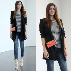 Alix M - Rebecca Minkoff Bag, Monki Blazer, Cross Jeans - Rebecca Minkoff mini bag