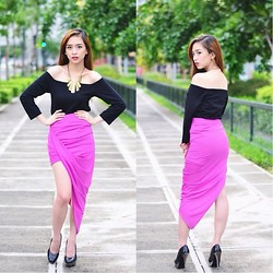 Chin Chin Obcena - Doll Up Off Shoulder Longsleeves, Doll Up Fuschia Angled Skirt - Doll Up @ Zalora 01
