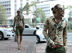 INWON LEE - Byther Paisley Long Sleeve Shirt, Zara Skull Silver Necklace, Byther Belt, Zara Bermuda Green Shorts - Be First Be Just