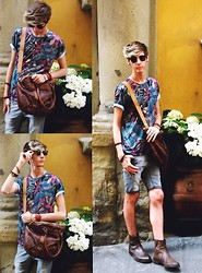 Brandon Blevins - Zara Printed Floral T Shirt, Forever 21 Faded Grey Shorts, H&M Leather Chelsea Boots - Firenze Forever