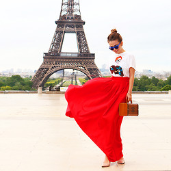 Yana Fisti - Aldo Flats, Handmade Skirt, Chanel Bag, Zara Top, Topshop Sunglasses - Oh, Paris.