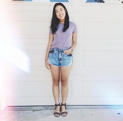 Rachel Park - Urban Outfitters T Shirt, Forever 21 High Waisted Shorts, Bcbg Studded Sandals - SIMPLE PURPLE HUES