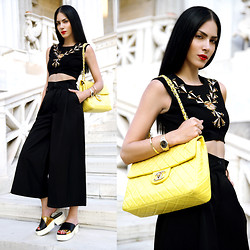 Konstantina Tzagaraki - Pants, Crop Top, Slides, Chanel Bag - Love does not begin and end the way we seem to think it does
