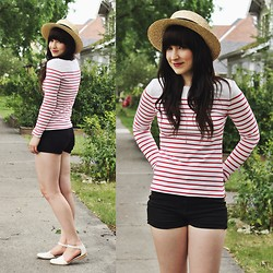 Jocelyn Jacobson - H&M Striped Shirt, Shellys London Strappy Flats, Garage Black Shorts, Forever 21 Straw Hat, Coutukitsch Anchor Necklace - Nautical Love