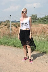 Susan Dollparts - Amazon Crop Top, Forever 21 Asymetric Midi Lace Skirt, Vans, Tally Weijl Sunshades - You can´t sit with us.