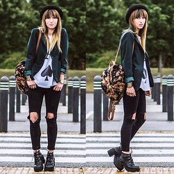 Agata P - Justfor5pounds Blazer, Stylemoi Jeans, Romwe Boots, Banggood Backpack - GONE