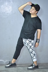 Genniel mark Angeles - Black With Neon Cap, Basic V Neck, Black & White Pants, Black & White Creepers - B&W!!!