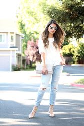 Pam Hetlinger - Asos Top, Abercrombie & Fitch Jeans, Valentino Pumps - See Through
