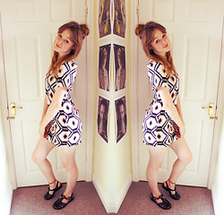 Beth Kennett - Claire's Tattoo Anklet, Missguided Jelly Shoes, New Look Dress - Peachy.