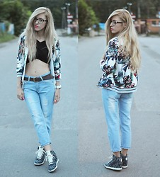 Aneta M - Sheinside Jacket, Milanoo Top, Dressve Boyfriend Jeans - TROPICAL CROP