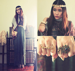 Jasmine L - In House Gallery Green Sparkle Dress, House Of Harlow 1960 Antique Key Ring, Cor Date Green Stone Ring - Gypsy Queen