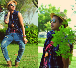 Butch Cervantes - Zara Fedora, H&M Vest, Androgyne Manila Tank Top - Green Green Leaves of Hope!!!!