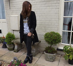 Charlotte Smith - Monki Blazer, Ucla T Shirt, Topshop Jeans, Primark Boots - Best of Both