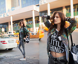 Viktoriya Sener - Mr. Gugu & Miss Go Bomber Jacket, Daige Backpack, Bershka Jeans, Converse Trainers, Mango T Shirt, Daniel Wellington Watch - HOOKED ON A FEELING