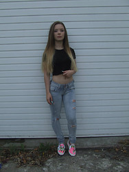Jade Anne - Topshop Top, Bershka Jeans, Topshop Shoes - Pink Palm