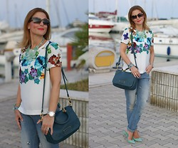 Vale ♥ - Blackfive Floral Top, Marc By Jacobs Green Bag, Tiffany & Co. Blue Pumps - Jeweled boyfriend jeans, Tiffany pumps
