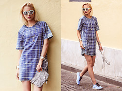 STREETCHATELLA ♥ - All Items On My Blog - Denim Dress
