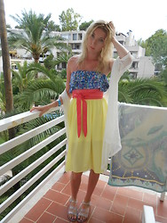 Coral Baker - New Look Kimono, New Look Bandeau, Primark Midi Skirt, Kiabi Obi Belt - Being a colourful mess