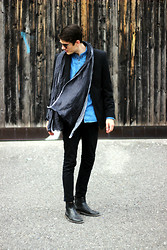 Sam Mü - Jack Jones Premium Chelsea Boots, Acne Studios Denim, Minimum Shirt, J. Lindeberg Cph Blazer - Oh, it must be love.