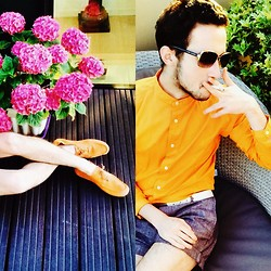 Enmanuel Oliveira - Jigsaw Glasses, Urban Outfitters Shirt, H&M Shorts, Reiss Loaffers - Orange Monday