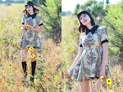 Amy Roiland - Glitters For Dinner My Blog - Sunflower Dreams