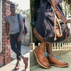 Willie Sparks - H&M Shirt, Abercrombie & Fitch Jeans, Sperry Shoes, Aldo Necklace, Diesel Watch, H&M Bookbag - Back to school style