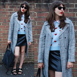 Amy-Rose W - Topshop Heart Jumper, Topshop Check Trench Coat - Transitional Coat #1