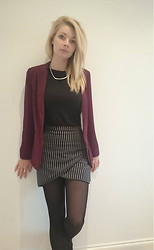 Emma - Next Skirt, New Look Blazer, Primark T Shirt - A day at the office