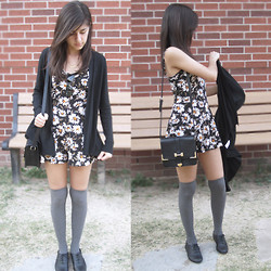 Giovanna C. - Urban Outfitters Floral Jumper, Forever 21 Knee High Socks, Oxford Shoes, Black And Gold Purse, Black Cardigan - Let's Make This Happen