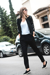 Katarina Vidd - All Items On My Blog - Sporty+dressy.