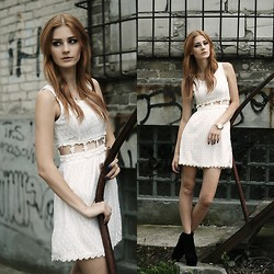 Katarzyna KOKA Konderak - Dress, Heels, Watch, Hair - White lace dress.