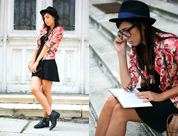 Fashion Lost -  - Floral Jacket