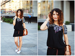 Sadi Chuiko - Pull & Bear Dress, Zara Bag - Fall in love with August