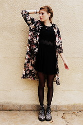 Laurielle Haze - Choies Floral Long Shirt, H&M Mesh Dots Dress, Dr. Martens Floral Boots - Chasing The Sun